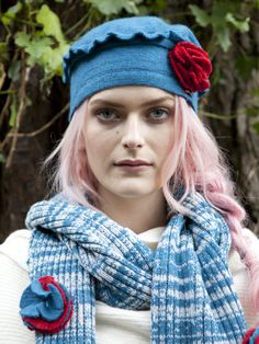 Circle Pom Hat and Scarf