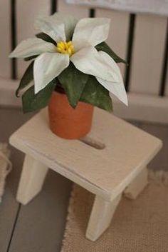 how to: miniature poinsettia