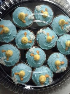 Baby shower rubber duck cupcakes