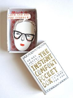 The Instant Comfort Pocket Box - Girl with bun. €7,95, via Etsy.