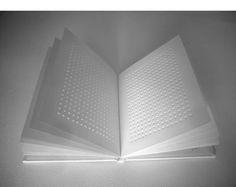 Le territoire des sens: Livres d'artiste / Artists' books