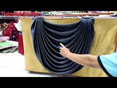 How to make basic curtains cara menjahit gorden, how to make eyelet curtains lining, how to make curtains swags, how to make curtains for dsign, tutorial cur. Swag Curtains, Home Curtains, Beaded Curtains, Curtain Patterns, Curtain Designs, Diy Window Shades, Diy Clothes Tops, Sweet Home Design, House Design Pictures