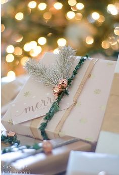 Easy and Affordable Christmas Gift Wrapping Inspiration Christmas presents – uncommon Xmas ideas Out of all the issues that we have already found beneath Christmas Present Wrap, Handmade Christmas Gifts, Christmas Gift Wrapping, Best Christmas Gifts, Christmas Presents, Holiday Gifts, Christmas Diy, Handmade Gifts, Santa Gifts