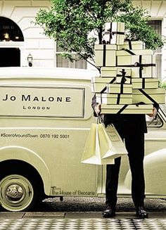 ~Jo Malone London offers same-day delivery service Scent Around Town, where beautifully bow-wrapped boxes are delivered by uniformed bellboys. Available within London, £15 fee | House of Beccaria# glam How wonderful! And very Traditionally British.