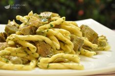 Pasta ai carciofi Pasta Primavera, Rice Dishes, Pasta Dishes, Italian Main Courses, Pasta Menu, Pasta Recipes, Dinner Recipes, Spaghetti, Italian Pasta