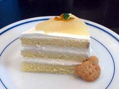洋梨のムースケーキ