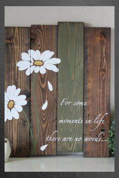 Reclaimed wood wall art - Pallet wall art - Daisy wall art - Pallet sign - Reclaimed wood sign - Gifts for her - Inspirational Wood Sign #wood #woodsigns #afflink #weddings #weddingdecor #rustic #rusticdecor #rusticfarmhouse #farmhouse