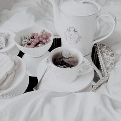 Sometimes I´d be lucky and wake up with someone at my side, breakfast ready for us to have before I was sent away