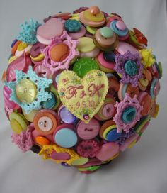 button bouquet bright