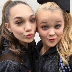 Maddie ziegler and Jojo siwa #bffgoals#dancemoms Maddie Ziegler musical.ly:@maddieziegler jojo siwa musical.ly:@jojosiwa