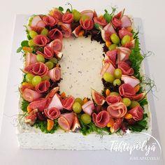 Floral Wreath, Baking, Instagram, Floral Crown, Bakken, Backen, Sweets, Flower Crowns, Flower Band