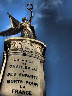 War memorial Charleville-Mézières