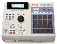 Akai MPC2000 XL