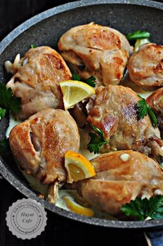 Limon Soslu Tavuk - Hayat Cafe Kolay Yemek Tarifleri - Fırın yemekleri - Las recetas más prácticas y fáciles Meat Recipes, Pasta Recipes, Salad Recipes, Chicken Recipes, Cooking Recipes, Healthy Recipes, Turkish Recipes, Italian Recipes, Lemon Sauce For Chicken