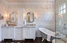 High Quality 37 Elegant Feminine Bathroom Design Ideas