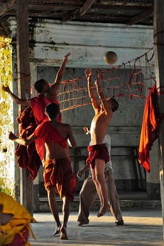 Soccer Monks : Monks can have fun too! Myanmar #ADVENTURE #JOURNEY14