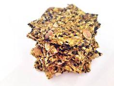 Seed and oat crackers - recetas - Chips Gluten Free Desserts, No Bake Desserts, Healthy Desserts, Healthy Recipes, Healthy Food, Healthy Crackers, Savoury Baking, Dehydrator Recipes, Vegan Breakfast