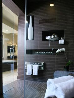 Miami Contemporary Bathroom Design, Pictures, Remodel, Decor and Ideas - page 16