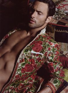 Dolce & Gabbana. Awesome detailing //Men's fashion  with colors and style| Man fashion