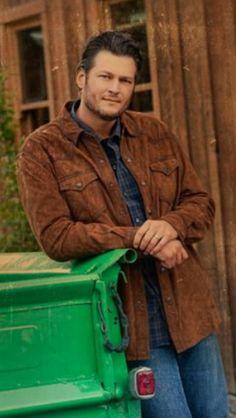 Love Blake Shelton!