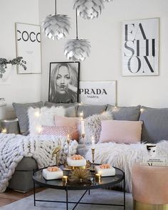 28 Cozy Living Room Decor Ideas To Copy. Loving this grey and light pink cozy living room decor Here are 28 cozy living room decor ideas and everything you need to recreate these cozy living room vibes in your apartment. Living Room Decor Cozy, Living Room Grey, Living Room Lighting, Home And Living, Bedroom Decor, Small Living, Living Room Ideas Pink And Grey, Pink Living Rooms, Modern Living