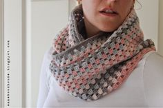 A blog about all things crochet, yarn and even some knitting. You can find lots of my free patterns, tutorials and links to my shop.