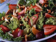 Zippy Strawberry Salad   Kidney Community Kitchen   The Kidney Foundation of Canada Kidney Foods, Kidney Recipes, Kidney Health, Health Recipes, Low Phosphorus Foods, Purine Diet, Low Potassium Recipes, Kidney Foundation, Paleo Diet Meal Plan