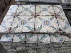 Antique Tiles, Blue Art, House Goals, Tile Design, Victorian Fashion, Amazing Gardens, Fabric Patterns, Tile Floor, Deco