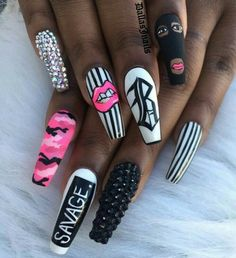 Coffin nails are popular in every season. It is loved by fashionable women because of coffin nails unique shape and every Aycrlic Nails, Glam Nails, Bling Nails, Coffin Nails, Chanel Nails, Cardi B Nails, Stylish Nails, Trendy Nails, Exotic Nails