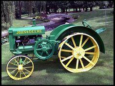 1925 John Deere Spoker D No Sale High Bid: $20,000