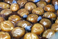 Learn how to make and prepare the recipe for Greek style sweet chestnuts, also known as Kastana Glykisma. Greek Sweets, Greek Desserts, Greek Recipes, Tapas, Chestnut Recipes, Greek Cookies, Greek Pastries, Chicken Souvlaki, Gastronomia