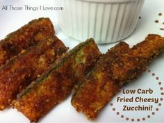 Would you like some deep fried zucchini strips? No Carb Recipes, Entree Recipes, Ketogenic Recipes, Cooking Recipes, Zuchinni Side Dish Recipes, Easy Vegetable Side Dishes, Vegetable Sides, Low Carb Meatloaf, Low Carb Vegetables
