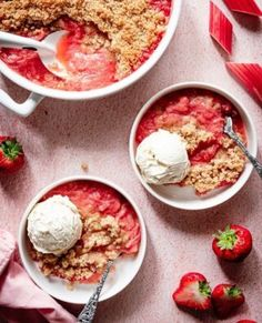 Aardbeien kwarktaart | Eef Kookt Zo Oatmeal, Tacos, Eggs, Breakfast, Ethnic Recipes, Desserts, Food, The Oatmeal, Morning Coffee