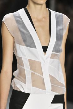 Narciso Rodriguez s/s 2012 (beautiful geometry)