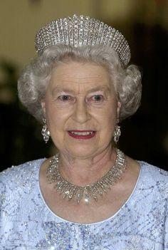Queen Alexandra's Kokoshnik Tiara: The Ladies of Society, the 365 peeresses of the realm, gave this tiara to Queen Alexandra on the occasion of her silver wedding anniversary in Princess Alexandra, Princess Anne, Royal Queen, Queen B, Queen Elizabeth Tiaras, Palais De Buckingham, Eugenie Of York, Royal Tiaras, Royal Crowns