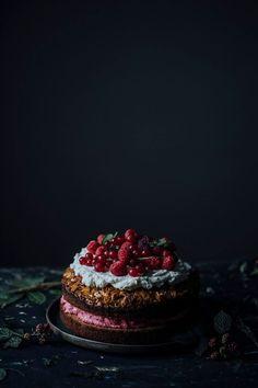 glutenfree bee sting cake with coconut sugar and raspberry cream