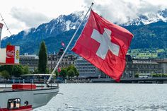 Kurz #Wandern um Vitznau und die Rigi-Scheidegg #Schweiz via @reisememo