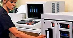 40 Jahre alter Rechner mit 8-Zoll-Floppy steuert Atomwaffen