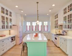 House of Turquoise: The Little Beach House - WaterColor, Florida