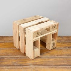 "Pallet stool ""nature"""