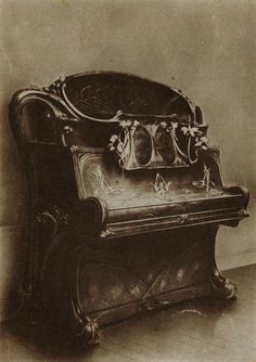Loui Chéronnet Art Nouveau piano, 1900