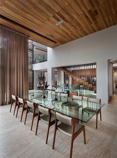 Comedor : Comedores de estilo moderno por C Cúbica Arquitectos
