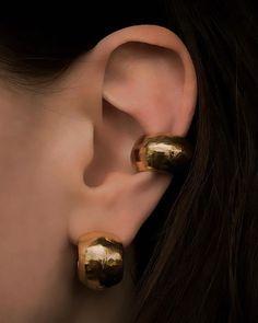 Ear Jewelry, Trendy Jewelry, Jewelry Accessories, Fashion Jewelry, Jewellery, Ring Watch, Slow Fashion, Wearable Art, Gold Earrings