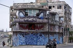 """Today, Muraleando, which means """"mural making"""" in Spanish, is a hub for creativity and a place for the area's children to come together to learn art, music and dance. Cuba Street, Dance Music, Art Music, Cuban Art, Visit Cuba, Street Art Photography, Street Image, Cuba Travel, Learn Art"""