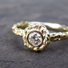 Diamond Twig Halo Ring in Recycled Gold