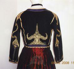 Κρητική φορεσιά - from the island of Crete. Greek Traditional Dress, Greek Dress, Dance Costumes, Greek Costumes, Crete Island, Crete Greece, Ethnic Dress, Embroidered Jacket, Folk Costume