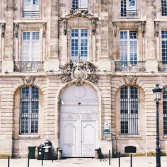 06-This Is Glamorous-Bordeaux-May:June 2015