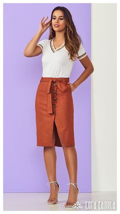 LOOKBOOK 4 – Cora Canela Pleated Skirt, Dress Skirt, High Waisted Skirt, Skirt Outfits, Work Skirts, Mini Skirts, Casual Outfits, Fashion Looks, Jeans