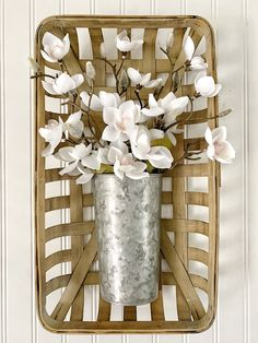 Tobacco basket wall hanging - Magnolia Farmhouse decor by BsCozyCottageCrafts on Etsy Tobacco Basket Decor, Wooden Basket, Metal Baskets, Baskets On Wall, Hanging Baskets, Basket Drawing, Basket Decoration, Craft Stick Crafts, Diy Crafts