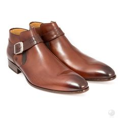 Manufacturing heritage dating back to the Specially hand made buy a select group of cobblers in Portugal. Made with Italian leather Exclusive to Feri Fashion House Leather Ankle Boots, Heeled Boots, Medium Brown, Brown Brown, Man Cave Gifts, Selling On Pinterest, Brown Heels, Fashion Heels, Cowhide Leather